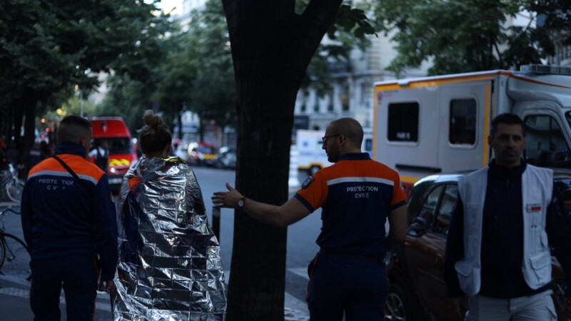 Incendiu puternic la Paris