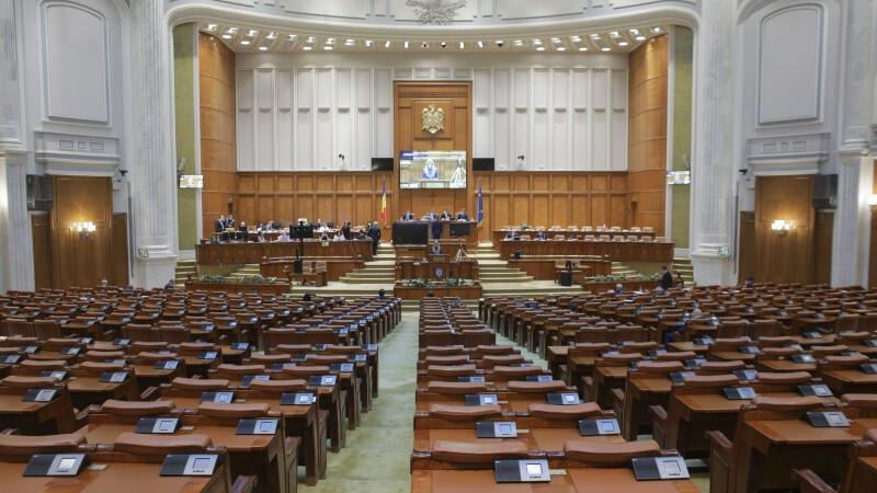 Avocatul Poporului a sesizat CCR cu privire la măsurile luate în pandemie