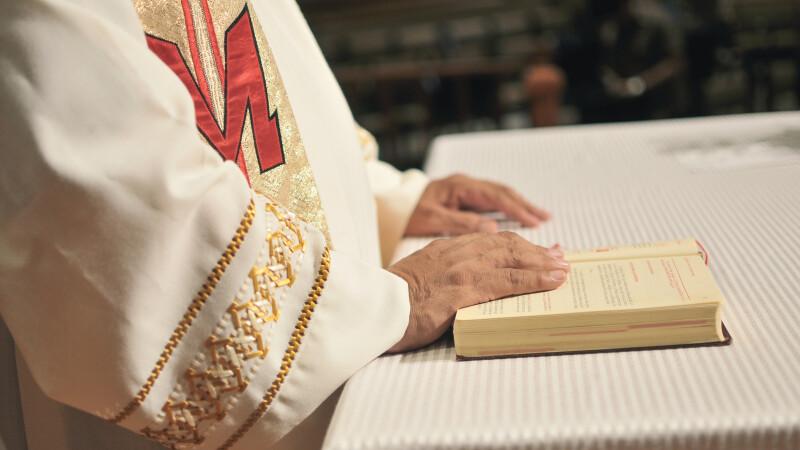Pedofilia în Biserica Catolică din Franța: 3.000 de victime și 1.500 de agresori în ultimii 70 de ani