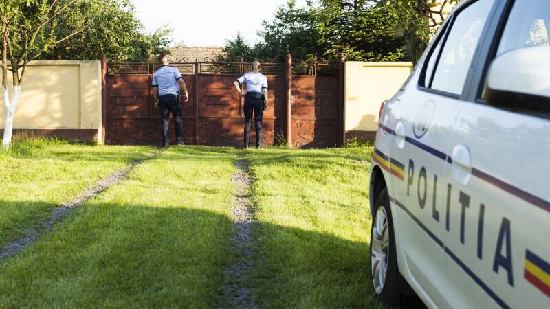 Femeie dată dispărută, găsită pe un câmp, cu mâinile legate la spate. A fost bătută și violată
