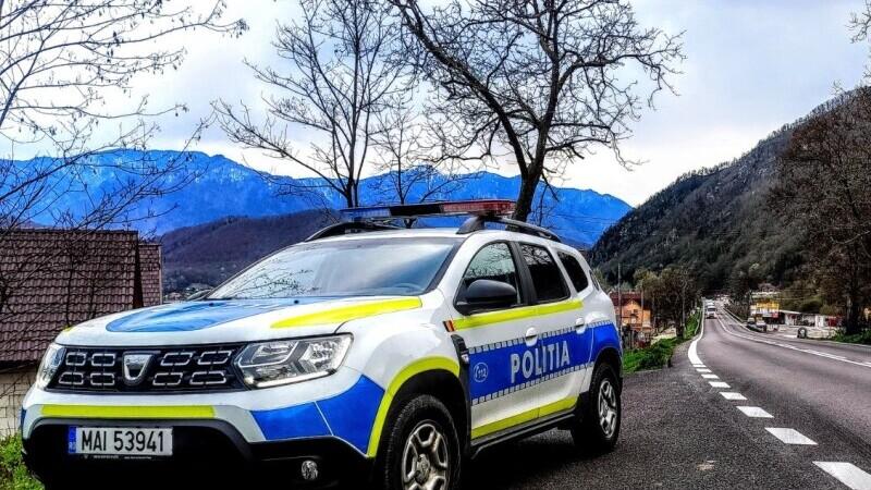 Urmărire ca în filme în Suceava: După 6 km, polițiștii au reușit să îl oprească pe șofer – are doar 16 ani