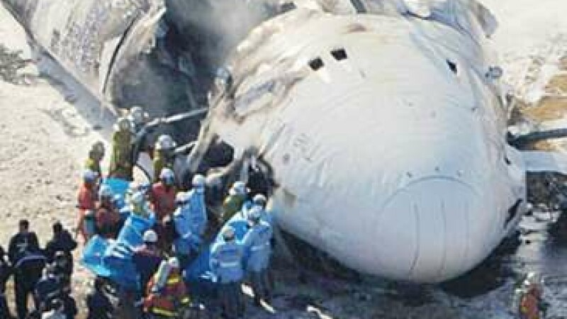 Avion cargo, prabusit la Tokio