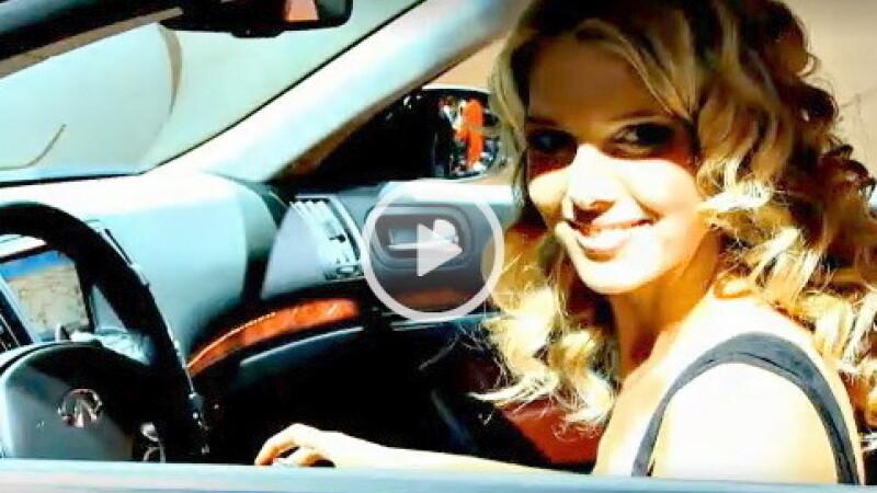 Hostesele de la Salonul Auto Geneva 2011 - 22