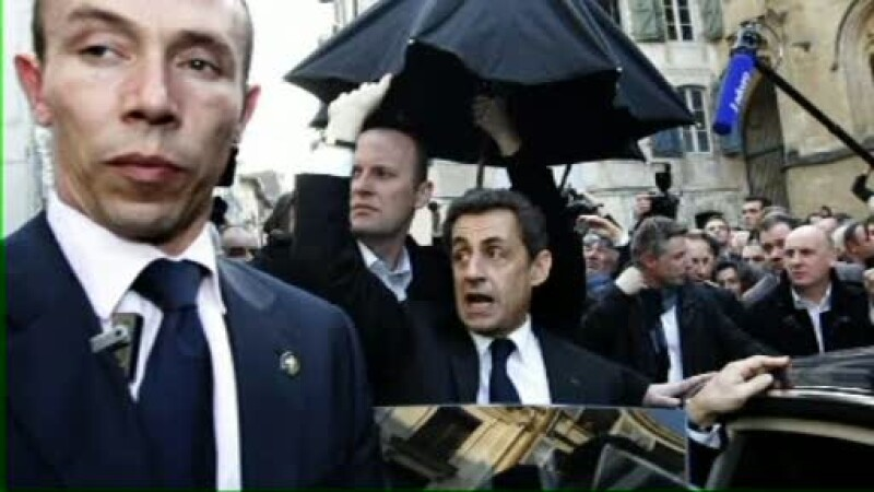 Sarkozy atacat