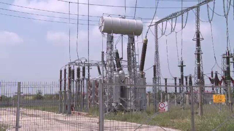 Paguba de 1 mil. de euro. Hotii de fier vechi au distrus un pilon electric din reteaua pan-europeana