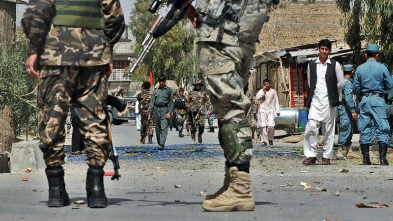 Un politist din Afganistan si-a ucis noua colegi