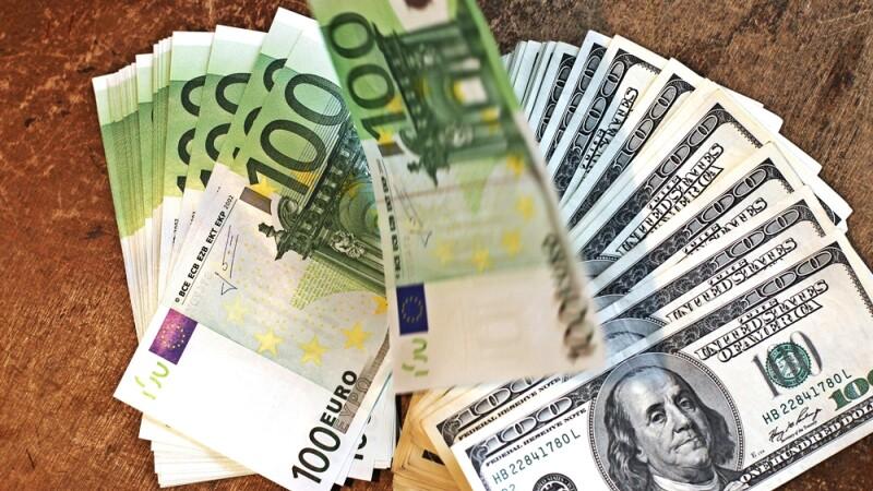 bancnote, euro, dolari, bani