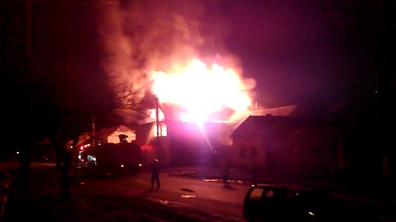 Flacari de patru metri au luminat aseara cerul in Timisoara. UPDATE: Anchetatorii au doua ipoteze