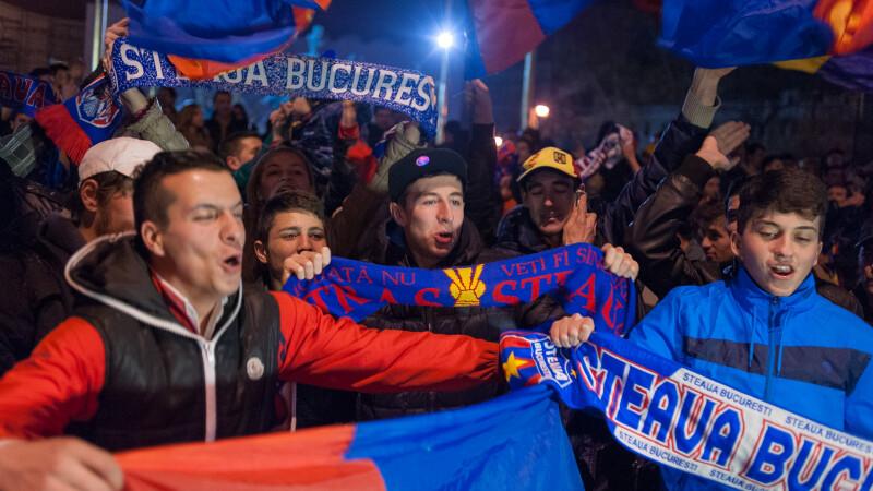 Stelistii au luat cu asalt Piata Universitatii: cum au sarbatorit fanii victoria cu Chelsea