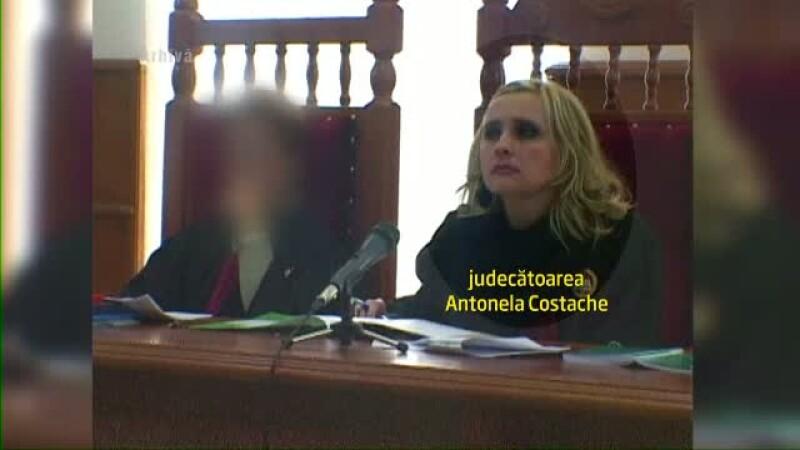 Judecatoarele Dinu si Costache, arestate preventiv. Anchetatori: au luat 150.000 EUR de la interlopi