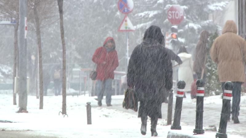 Vesti proaste pentru schiori. Desi va ninge in weekend, meteorologii au emis cod galben de viscol
