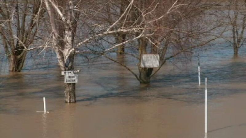 Vremea rea face ravagii in Ungaria. Dupa zapada si viscol se anunta inundatii masive