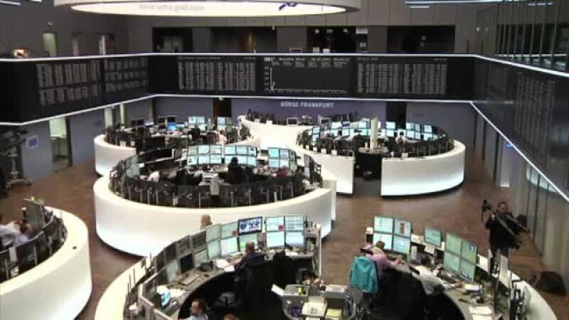 Bancile cipriote,inchise pana joi.Liderii zonei euro cauta solutii pentru a nu impozita averile mici