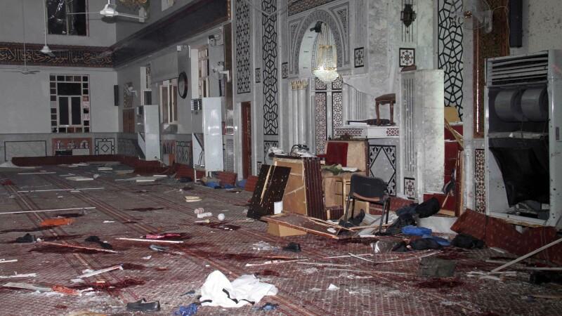 Atentat sinucigas la o moschee din Damasc. Bashar al-Assad promite sa