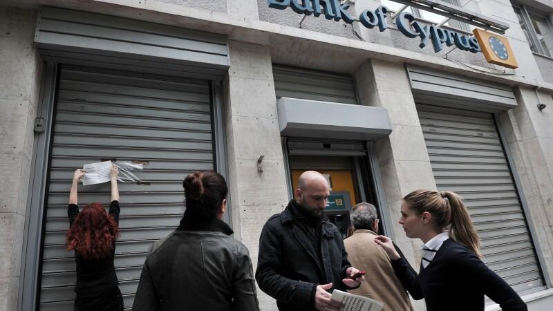 Vrei, nu vrei, salvezi tara. Taxa uriasa pentru depozitele de peste 100.000 de la Bank of Cyprus