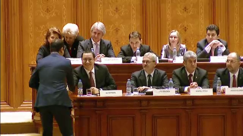 Victor Ponta, in Parlament