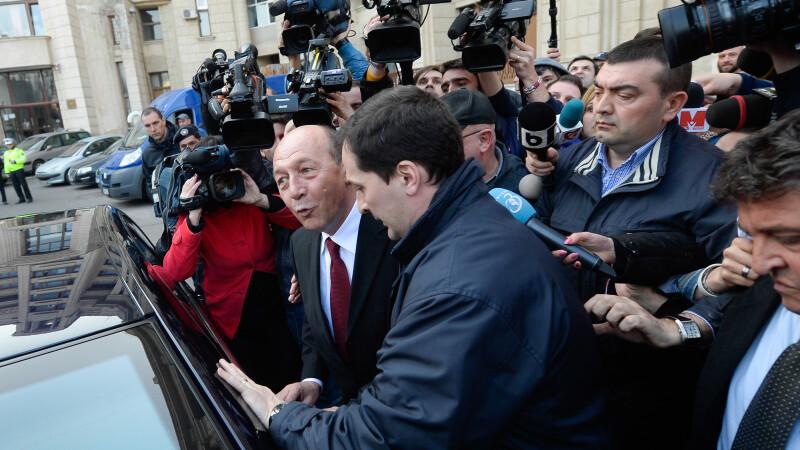 Basescu iesire