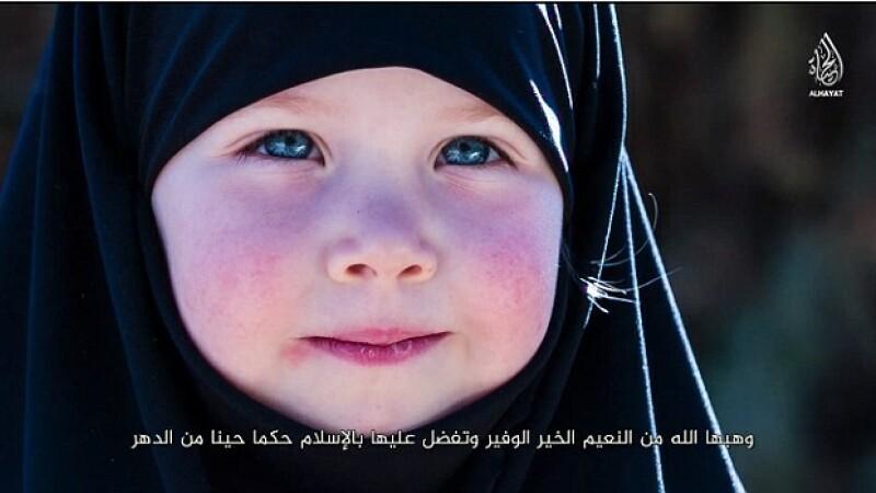 Dezvaluiri din Infern: o fetita de 8 ani a fost violata de jihadistii din Statul Islamic in fata altor prizoniere