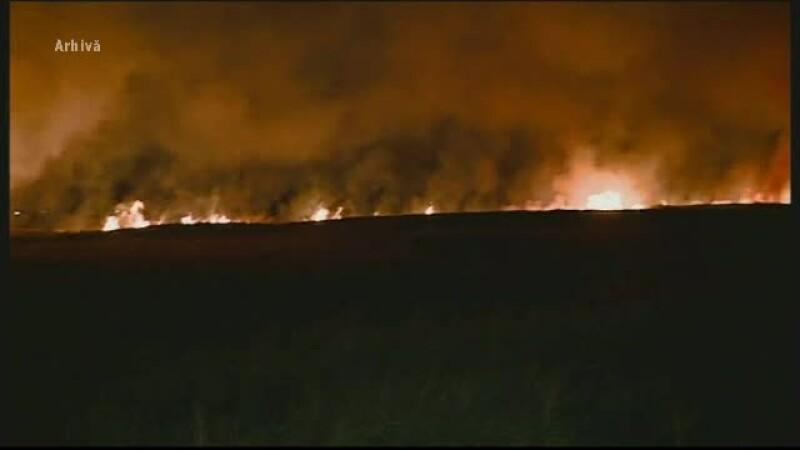 camp incendiat