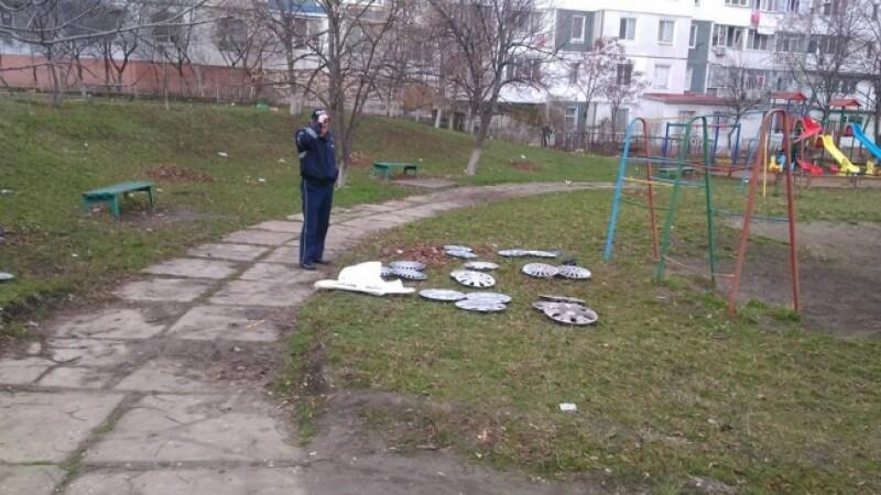 Masini vandalizate fara niciun motiv, in Moldova. Soferii si-au gasit capacele de la roti cateva strazi mai departe