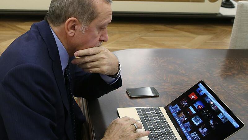 Recep Erdogan la calculator