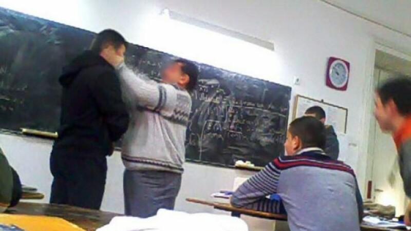 profesor bătut