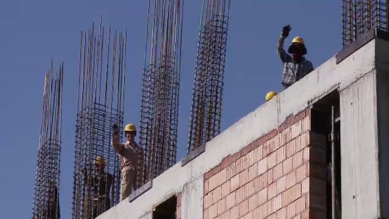 Bătaie cu maceta între muncitori vietnamezi, pe un șantier de lângă Capitală