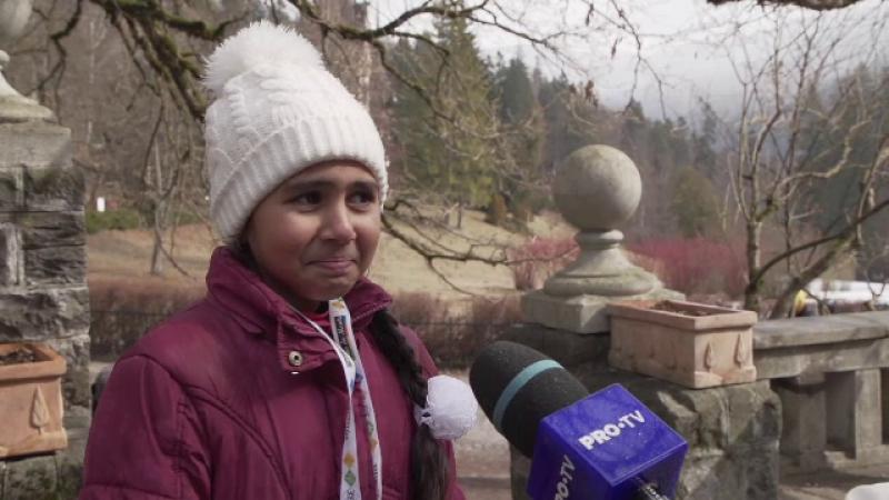 Reacţia unei fetiţe care nu a ieşit niciodată din satul ei când ajunge la Peleş