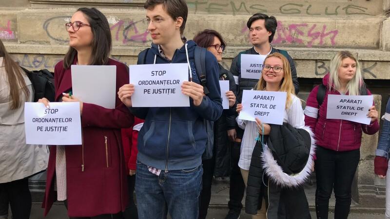 proteste Facultatea de Litere