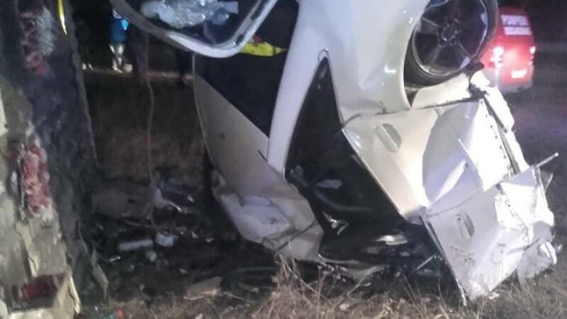 """Mesaje sfâșietoare după moartea lui Alex, șoferul care s-a izbit în """"Zidul Morții"""", la Suceava"""