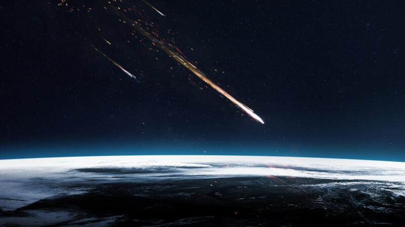 Un meteorit uriaş a explodat deasupra Rusiei, foarte aproape de rutele folosite de avioane