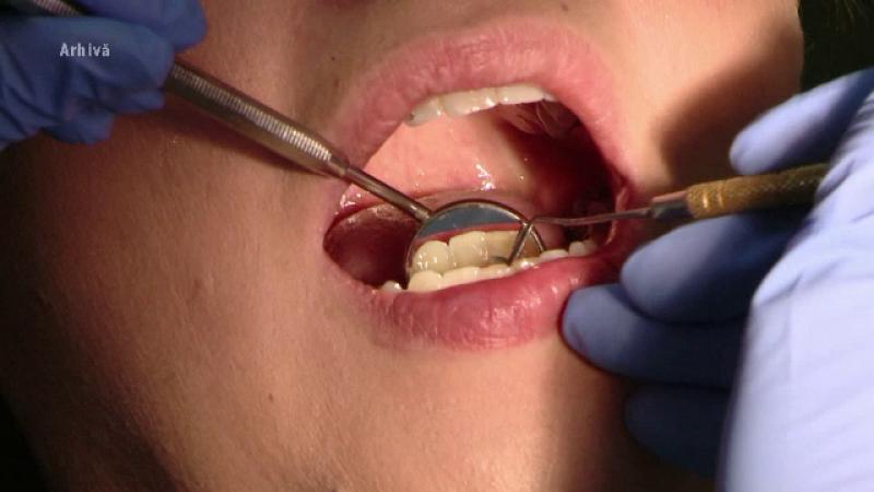 Dosar penal pentru un fals stomatolog în Suceava. Ce ar fi pățit un copil de 4 ani