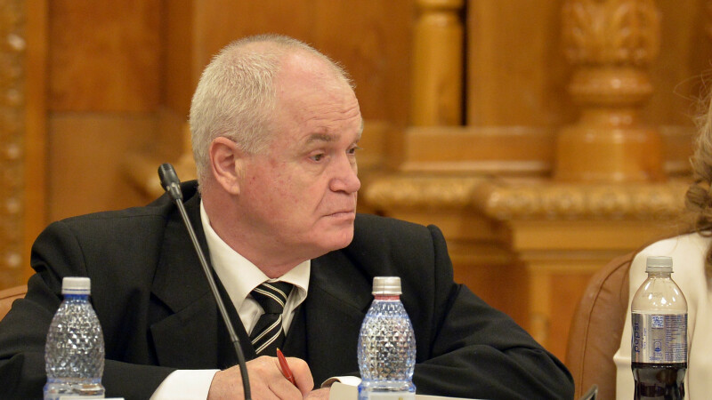 """Circ în Parlament. Deputatul PSD Eugen Nicolicea, numit """"cocotă bătrână"""" de un liberal"""