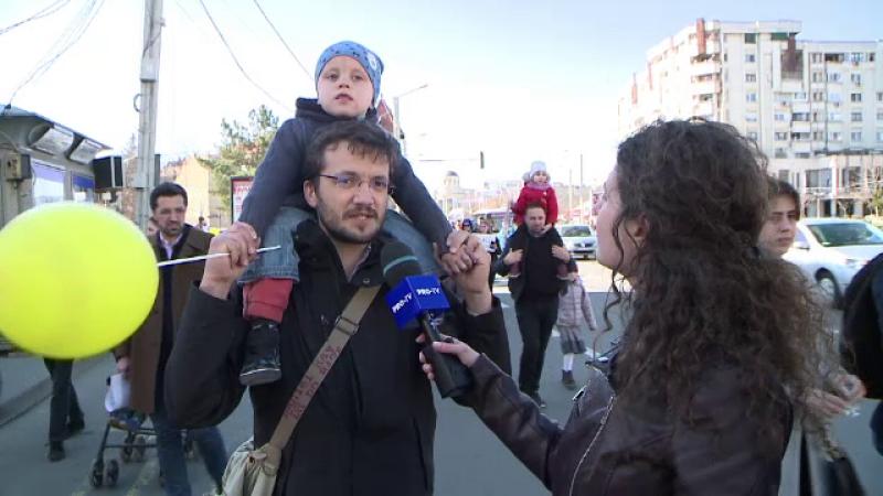 Marș împotriva avortului la Iași. Mesajul tatălui unei fetițe cu sindromul Down