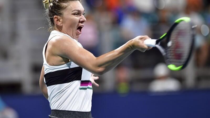 Simona Halep, victorie neaşteptată la dublu. S-a calificat în optimile de la Miami