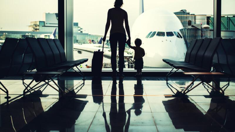 Un copil a murit, după ce a început să strănute pe aeroport