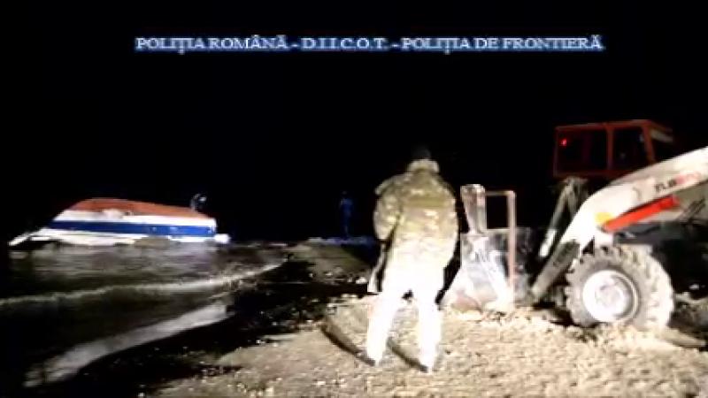Momentul capturării tonei de droguri din barca