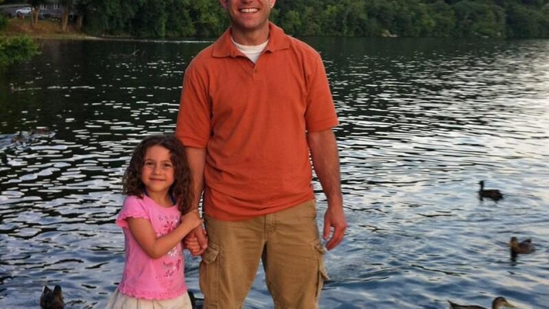 Ce a căutat înainte să se sinucidă tatăl unei fetițe ucise în masacrul de la Sandy Hook