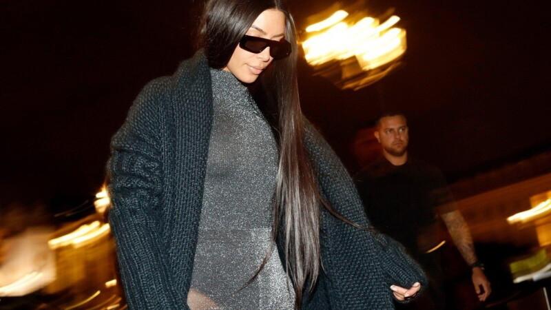 Kim Kardashian face vâlvă din nou. Cum a apărut îmbrăcată într-un restaurant din Paris