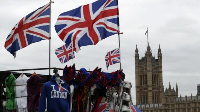Guvernul a respins petiţia semnată de milioane de persoane care cer anularea Brexitului
