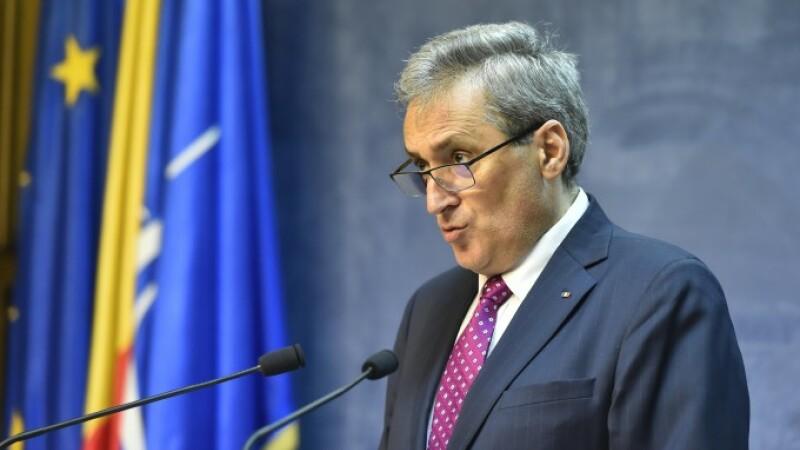 """Marcel Vela nu vrea să-i oprească pe românii care vin din Italia: """"Nu e nici uman, nici patriotic"""""""