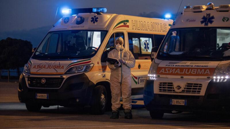 Italia angajează de urgență 20.000 de oameni în sistemul sanitar