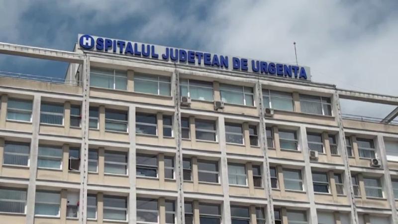 """Mărturii de coșmar ale unui medic din Suceava. """"Acolo se descarcă saci negri și sicrie"""""""