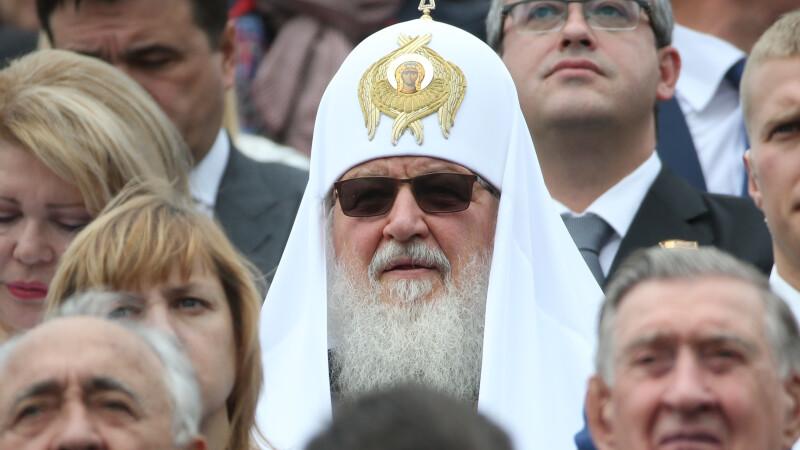 Patriarhul Chiril le cere credincioşilor ruși să nu meargă la biserică
