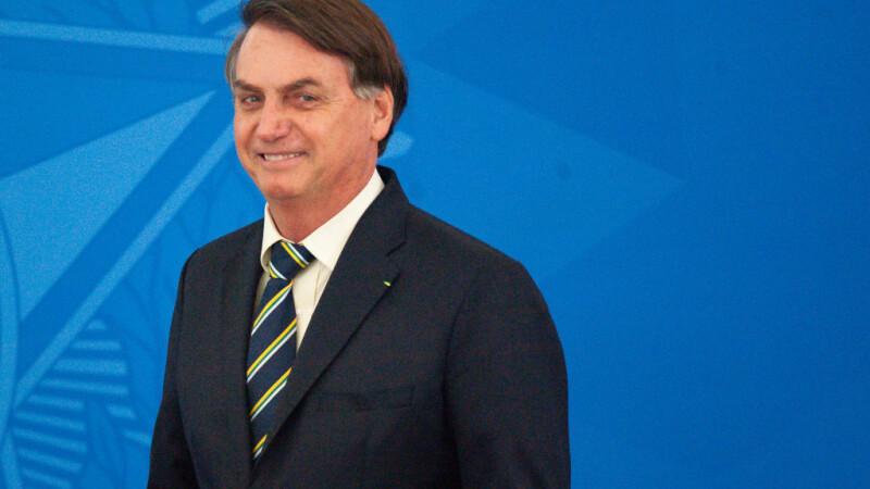 Twitter a şters două postări ale preşedintelui brazilian. Care este motivul
