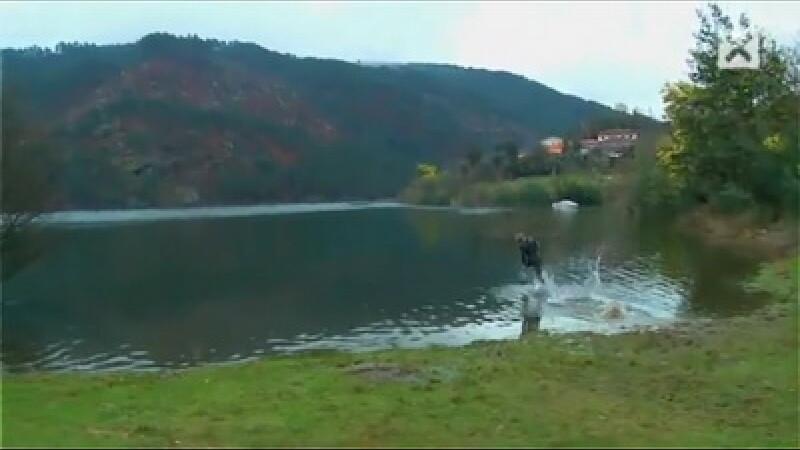 Mers pe apa