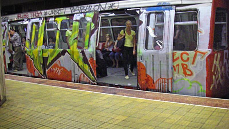 Party la metrou