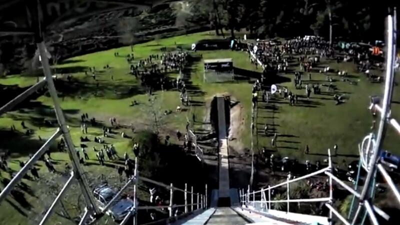 VIDEO. A reusit imposibilul. Primul triplu backflip pe bicicleta din istorie