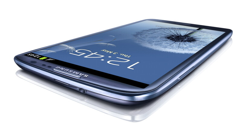 Samsung GALAXY S III - specificatii tehnice complete, noi functionalitati si GALERIE FOTO