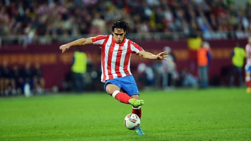 A castigat singur Europa League, dar a fost REFUZAT de Steaua si CFR. Falcao scrie istorie in fotbal